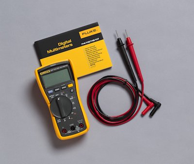 Fluke 117 Multimeter With Test Leads